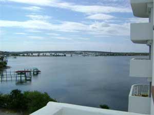 Bayshore Condominium River View